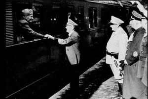 hitler-seeing-mussolini-off-from-the-train