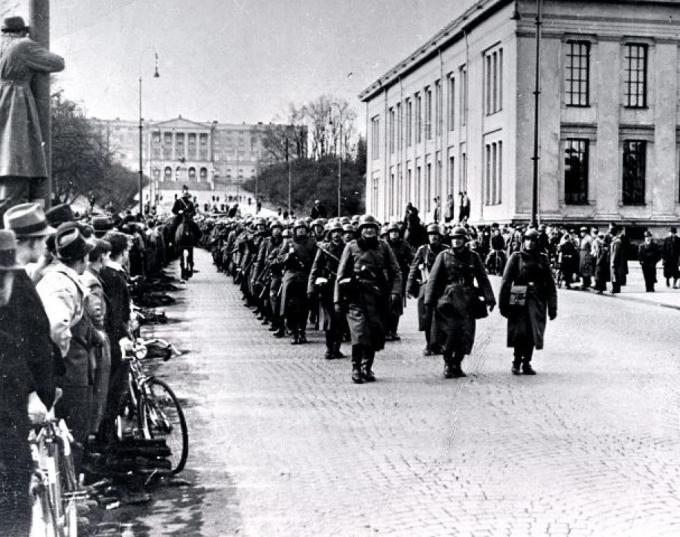 German_soldiers_in_Oslo_9_April_1940